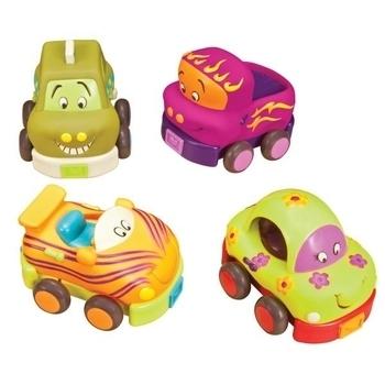 Купить со скидкой Игровой набор Battat Забавный автопарк, 4 резиновые машинки-погремушки, 40 см (BX1048Z)